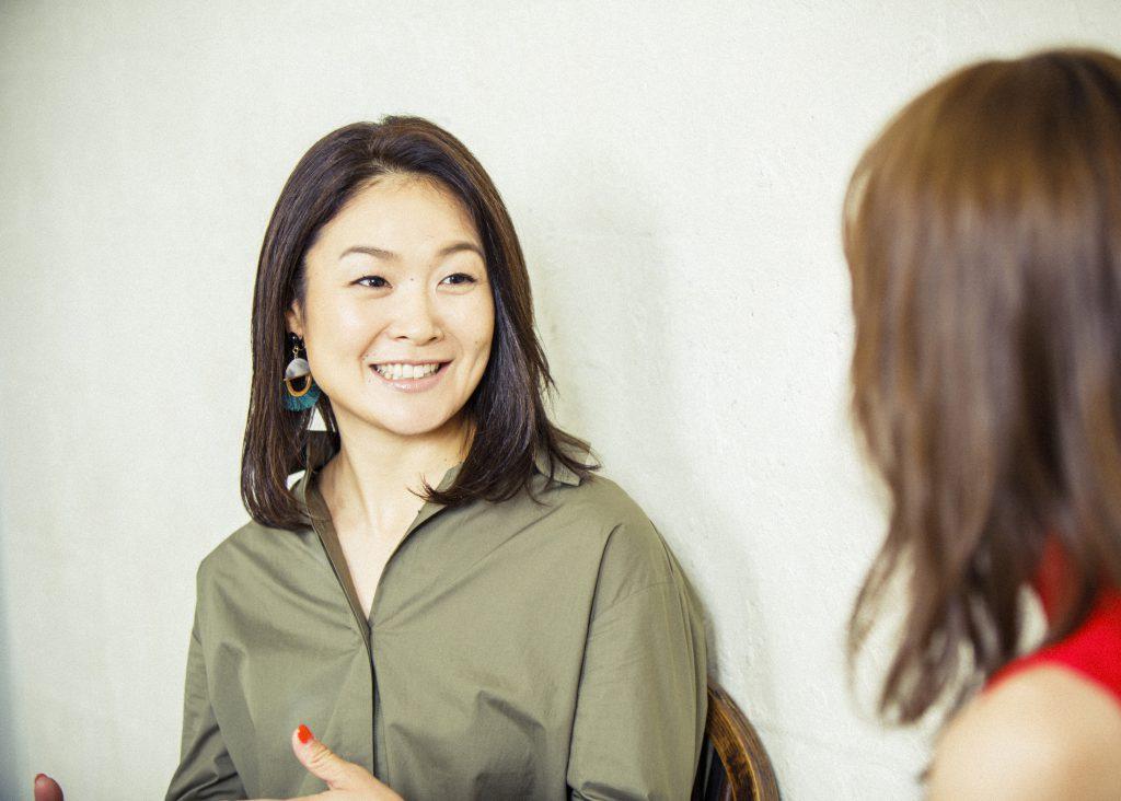 パラトライアスロン谷 真海さん×モアモデル内田理央さん 対談でアスリートの素顔を「知る」(前編)