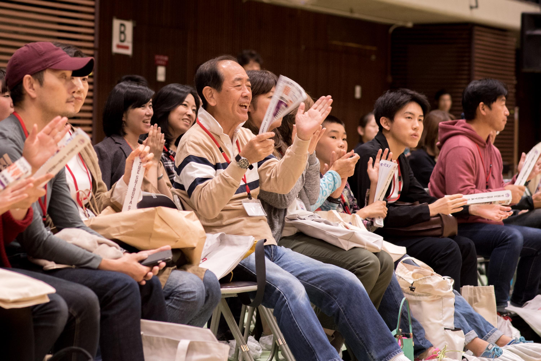 激しいぶつかり合いを繰り広げる熱戦を応援!ウィルチェアーラグビー渋谷区長杯