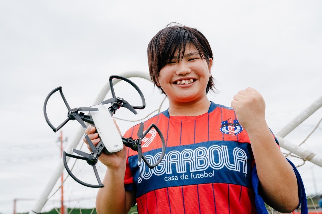 飛行するドローンをシュートで打ち落とせ! 菊島選手のスゴ技に密着!!